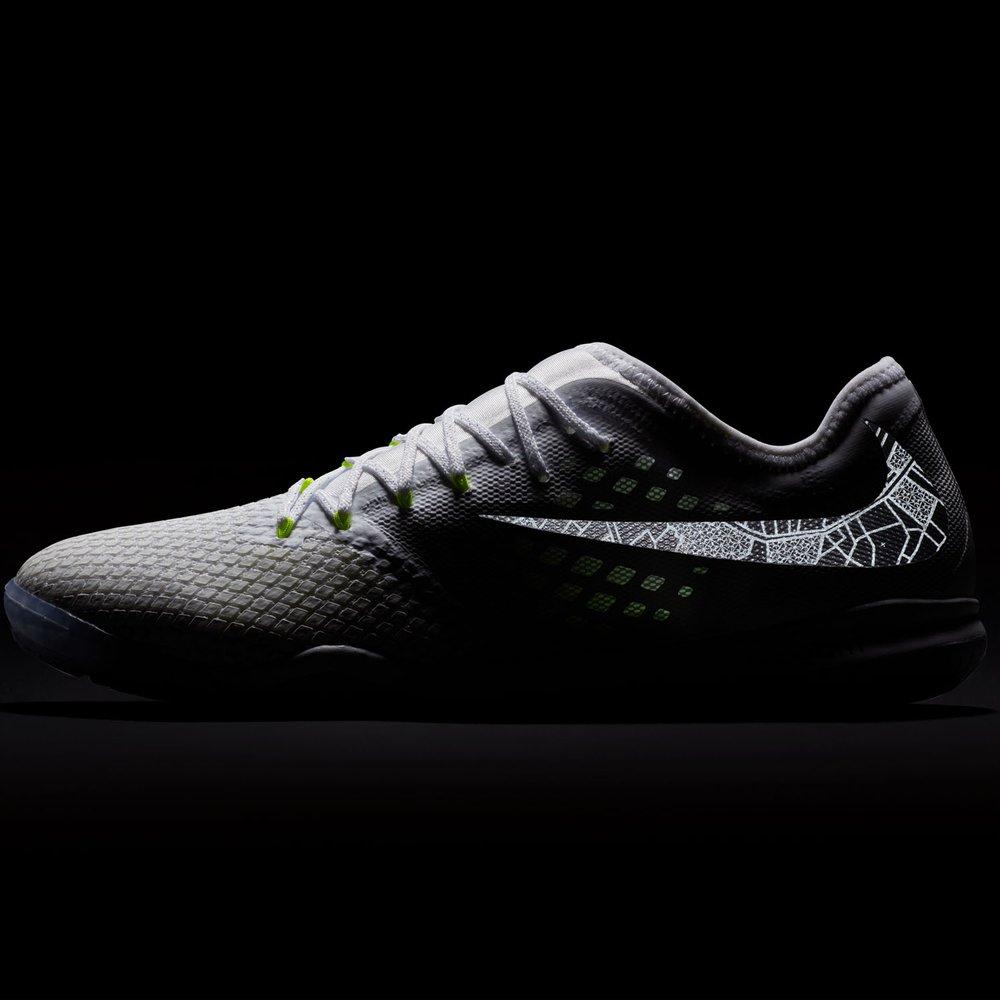 half off e7399 bf32f Nike Hypervenom Phantom X III Pro IC Indoor | WeGotSoccer